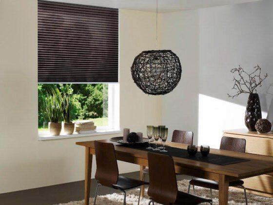 Plissu00e9- en Duette gordijnen breed inzetbaar voor speciale ramen ...